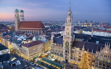 Night time skyline photo of Marienplatz in Munich, Germany