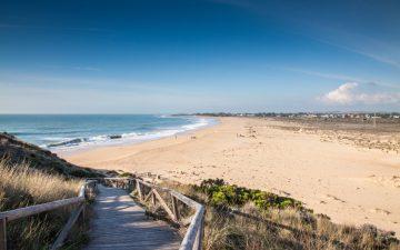 A view of the walk onto a beach on the Costa de la luz