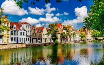 Houses on river, Bruges, Belgium