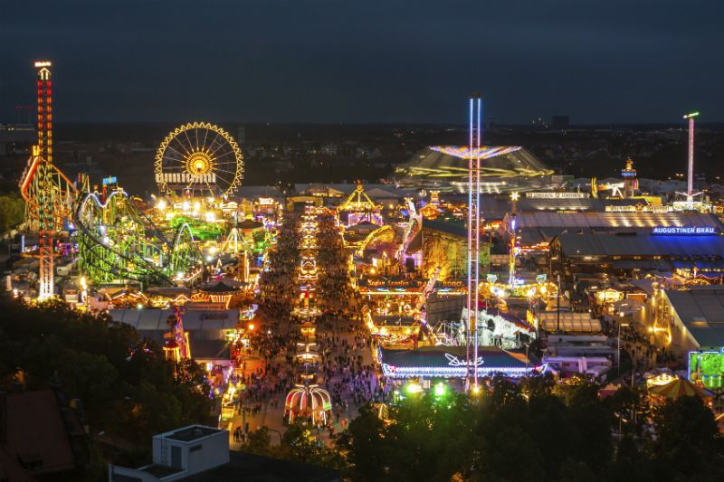 Oktoberfest by night, Munich