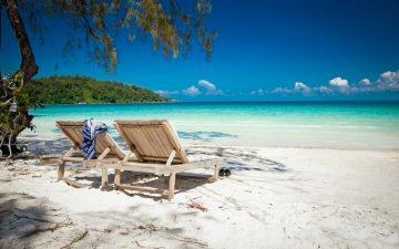 Beautiful turquoise beach on Koh Rong Samloem in Cambodia.